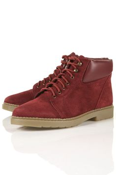 Catch the last of the Fall colors in these stylish hiking boots from MARIO Bordeaux You Look Pretty, Thing 1, Shopping Spree, Fashion Over, Me Too Shoes, Hiking Boots, High Top Sneakers, Active Wear, Topshop