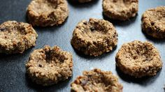 HBC Cookbook: Tropical Raw Cheesecake + Broccoli Bread - health bloggers community http://magazine.healthbloggerscommunity.com/hbc-cookbook-13/
