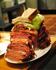 The World's 10 Craziest Sandwiches - because there is nothing better than a good sandwich