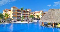 Gran Bahia Principe Bavaro   Punta Cana, Republique Dominicaine  Vous serai captivé par les vastes jardins tropicaux de ce complexe de 1296 chambres situé sur la célèbre plage de fin sable blanc de Bavaro.