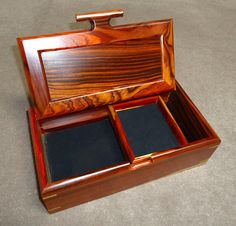 Larger                     jewelry box open