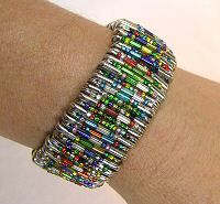 Pattern for Safety Pin Bracelet with Bugle Beads from BJ's Craft Supplies - Safety Pin Jewelry - Free Pattern