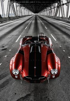Shelby Cobra / TechNews24h.com