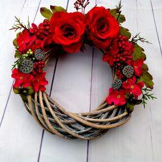 All you need is love_věnec na dveře / Zboží prodejce lauermannova Christmas Wreaths, Christmas Decorations, Name Art, All You Need Is Love, Grapevine Wreath, Grape Vines, Fall, Creative, Flowers
