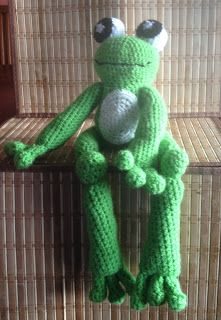 Free Crochet Connection: Handsome Frog Plush Toy Pattern