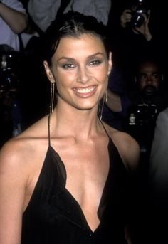 Actress Bridget Moynahanl attends the 'Coyote Ugly' New York City Premiere on July 31 2000 at the Ziegfeld Theatre in New York City Coyote Ugly, Bridget Moynahan, Taurus, Curly Hair Styles, Natural Hair Styles, Beautiful People, Beautiful Women, Curly Girl Method, Celebs