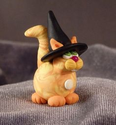 MarbleMini Witch Cat October by HMCCreationsPLSE on Etsy