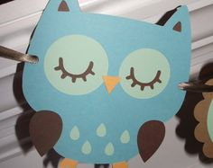 Easy cheep make your with paper decorations for an owl theme!