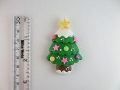 Albero di Natale verde. Argilla Charm Bead di NatuDesigns su Etsy
