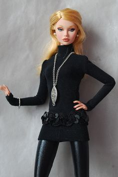 Outfit for Estela by irta( ironka), via Flickr