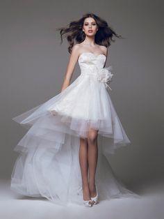 Si estás buscando unos vestidos de novia cortos, entonces no puedes perderte la selección que hemos hecho especialmente para ti. ¡Elegantes y románticos!