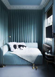 Enchanted London House of Designer Danielle Moudaber  | www.bocadolobo.com #bocadolobo #luxuryfurniture #interiordesign #designideas #bestinteriordesigners #topinteriordesigners #interiordesigners