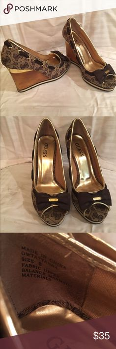Guess size 8 shoes Woman's fairly worn guess wedges. Size 8 women Guess Shoes Wedges