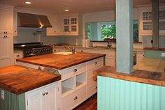 Love the counters and cabinets, hate the paint color