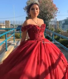 Book your appointment to say yes to your dream dress at moda 2000 714 774 7537 Quince Dresses Burgundy, Burgundy Quinceanera Dresses, Mexican Quinceanera Dresses, Pretty Quinceanera Dresses, Mexican Dresses, Burgundy Dress, Robes Disney, Sweet 15 Dresses, Ball Gown Dresses