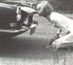 """Mireille Darc with her Simca """"1200 S"""""""