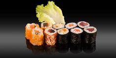 TOKYO - 10 pièces - 10x maki: saumon, thon, omelette/concombre/tobiko, thon piquant fils de piments, saumon/concombre/tobiko Bento, Omelette, Sushi, Tokyo, Ethnic Recipes, Cucumber, Spice, Tuna, Sons