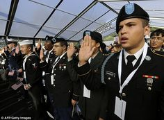Undocumented immigrants will be allowed to serve in U.S. military under new Department of Defense policy - DAILY MAIL #US, #Military, #Immigrants