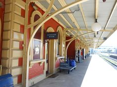 Goulburn NSW Station - caught train to Syndey olympics.