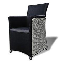 Wicker tuinstoel Carry is een heerlijke en comfortabele tuinstoel . De #tuinstoel is gemaakt van #wicker loom draad. Dit is een hoogwaardig kunststof dat met alle weersomstandigheden om kan gaan. Wat deze stoel helemaal perfect maakt is dat de stoel geheel bekleed is met textileen, en geïntegreerd kussen. U hoeft de stoel niet naar binnen te halen als het minder wordt, want de textileen bekleding is waterafstotend.