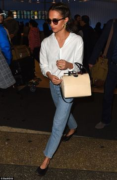 Alicia Vikander is classically chic in crisp white shirt and shades - Style icon: Keeping things simple as well as chic, she added classic black pumps to her fe… - Fashion Mode, Fashion News, Alicia Vikander Style, Looks Style, Style Me, Style Personnel, Lookbook, Sandro, Popsugar