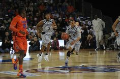 Be A Better Player On The Basketball Court By Using These Tips! Many people share a love for basketball. You want to show those skills and work as a team to give your fans a reason to cheer. Each team member has contrib Basketball Shooting Drills, Sport Basketball, Basketball Games Online, Basketball Court Size, Fantasy Basketball, Girls Basketball Shoes, Basketball Scoreboard, Basketball Leagues, Basketball Pictures