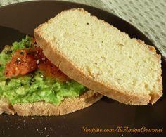 Pan vegano sin gluten (libre de huevo y lacteos). Un delicioso pan libre de gluten, huevo y lácteos. Hecho con harina de garbanzo, tiene un sabor muy parecido al pan normal (de trigo). ¡Tienen que probarlo! Pincha en la imagen para ir a la receta. Recuerda darle un me gusta a nuestra página de Facebook https://www.facebook.com/tuamigagourmet