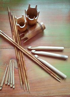 Bone Crafts, Yarn Crafts, Diy And Crafts, Arts And Crafts, Inkle Weaving, Lucet, Wood Creations, Whittling, Diy Wood Projects