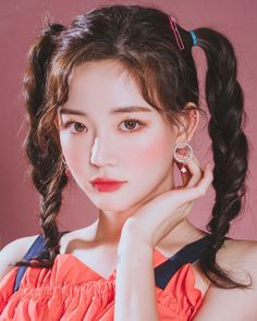 Korean Hairstyle Women: Korean women are creative when it comes to hairstyling. Koreans have made their mark in the beauty industry over the world. Uzzlang Girl, Girl Face, Woman Face, Aesthetic People, Aesthetic Girl, Korean Hairstyles Women, Redhead Hairstyles, Japanese Hairstyles, Asian Hairstyles
