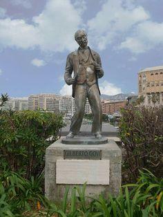 Statua di Gilberto Govi