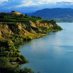 Okanagan Valley, B. pic link Savor British Columbia's Okanagan Valley Soak up summer in this scenic valley, with its deep lakes, wineries, and hot restaurants via Sunset Mag The Places Youll Go, Places To See, Western Canada, Canada Travel, Countries Of The World, British Columbia, Dream Vacations, Places To Travel, Beautiful Places