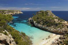 Die große Sommerhitze ist vorbei, die Touristenmassen abgezogen. Der perfekte Zeitpunkt, um nach Mallorca zu reisen! TRAVELBOOK nennt 10 gute Gründe, die die Lieblingsinsel der Deutschen in der Nebensaison noch liebenswerter machen.