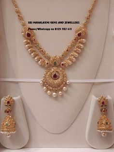 Some designs never go out of demand. Presenting short necklaces studded with fine quality Uncut Diamonds. Visit for full variety ready selection or express delivery on made to order. Contact no 8125 782 22 March 2019 Gold Mangalsutra Designs, Gold Earrings Designs, Necklace Designs, Gold Chain Design, Gold Jewellery Design, Short Necklace, Gold Necklace, Beaded Necklace, Gold Jewelry Simple