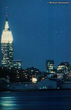 UFO Photo : Hoboken, New Jersey, USA - 9 May 1984, 8.15 p.m.