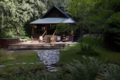 How to renovate a vintage log cabin