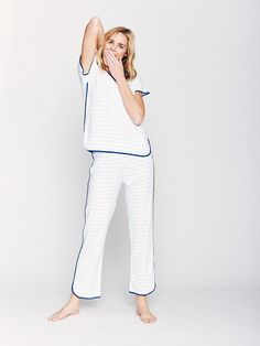 For those who prefer pants, our Short-Long set will quickly become your favorite pair of pajamas. Knitted of Peruvian Pima cotton, this pajama set is luxuriously soft with just the right amount of stretch. Cotton Sleepwear, Sleepwear Women, Pajamas Women, Night Suit For Women, Bride Dressing Gown, Cute Pajama Sets, Pajama Outfits, Cute Comfy Outfits, Long Sleeve Pyjamas