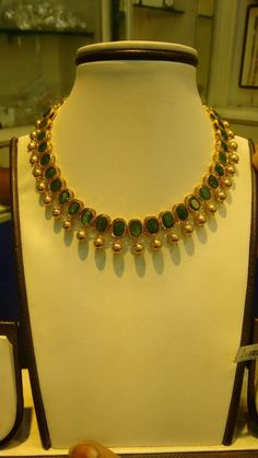 Jewerly necklace jewels products 41 ideas for 2019 Stylish Jewelry, Fashion Jewelry, Emerald Jewelry, Gold Jewelry, Pearl Jewelry, Gold Necklace, Gold Jewellery Design, Jewelry Patterns, Necklace Designs