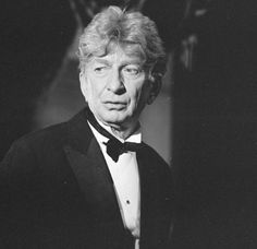 Sterling Holloway, Actor: The Jungle Book. Popular American character actor of amusing appearance and voice whose long career led from dozens of highly enjoyable onscreen performances to world-wide familiarity as the voice of numerous Walt Disney animated Hollywood Stars, Classic Hollywood, Old Hollywood, Hollywood Icons, Disney Animated Films, Disney Films, Disney Characters, Walt Disney Animation, Animation Film