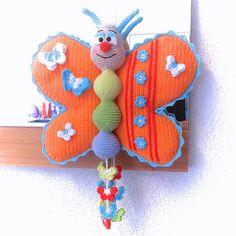Lach mit mir Schmetterling – Häkelanleitung https://www.crazypatterns.net/de/items/6458/lach-mit-mir-schmetterling-haekelanleitung
