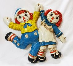 Vintage bobbs merrill raggedy ann and raggedy andy wall decor plaques plastic by MashliDesign on Etsy