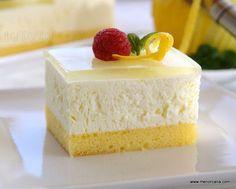 Tarta de mousse de limón con gelatina de gin-tonic Lemon Recipes, Sweet Recipes, Cake Recipes, Dessert Recipes, Lemon Mousse, Mousse Cake, Gin And Tonic, Homemade Cakes, Mini Cakes