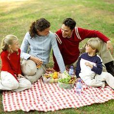 Tarde de picnic, momento en familia danettizado.