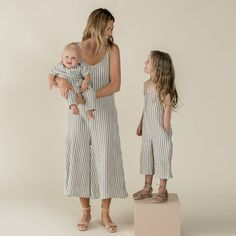 We love the new 'PURA VIDA' Collection with the beautiful pieces for Women & Kids Promises matching Outfits for you and your Kids - YAY! Mother Daughter Matching Outfits, Mom Daughter, Mommy And Me Dresses, Modern Baby Clothes, Cotton Long Dress, Bikini, People Shopping, Cute Outfits For Kids, Overall