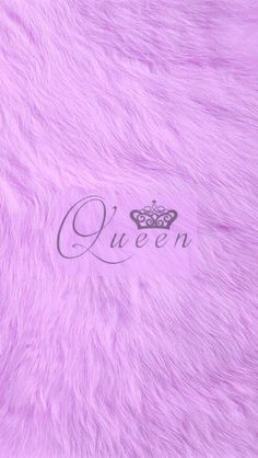 Queen fox fur wallpaper in purple.