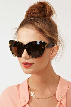 chelsea shades in leopard. // house of harlow. I really want these!