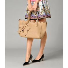 Buy 'yeswalker – Scallop Trim Shoulder Bag' at YesStyle.com plus more Hong Kong items and get Free International Shipping on qualifying orders.
