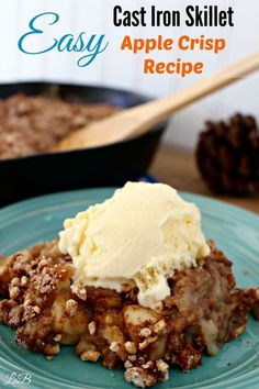 Warm up with the flavors of fall! Try this Easy Cast Iron Skillet Apple Crisp Recipe http://lifesabargain.net/easy-cast-iron-skillet-apple-crisp-recipe/ #AStockUpSale #Shaws ad
