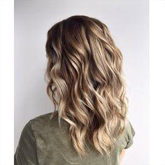 Dark blonde hair. Medium blonde color. Medium length haircuts. Cool blonde hair
