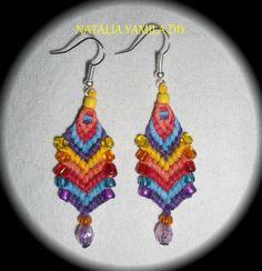 Aros aretes pendientes artesanales en macramé chevron de hilo encerado y cuentas . Handmade macrame hemp earrings beads TUTORIAL https://www.facebook.com/NataliaYamilaDIY/photos/ms.c.eJwzMTcxNzczMjUyszQ0tzTTMwHzTQ3AfHNDKN8CIm9sBgDpngm6.bps.a.175855589250532.1073741834.172060006296757/474776852691736/?type=1&theater