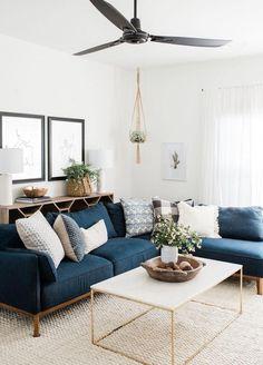 Boho Living Room, Cozy Living Rooms, Living Room Furniture, Home Furniture, Rustic Furniture, Scandinavian Furniture, Tiny Living, Furniture Ideas, Antique Furniture